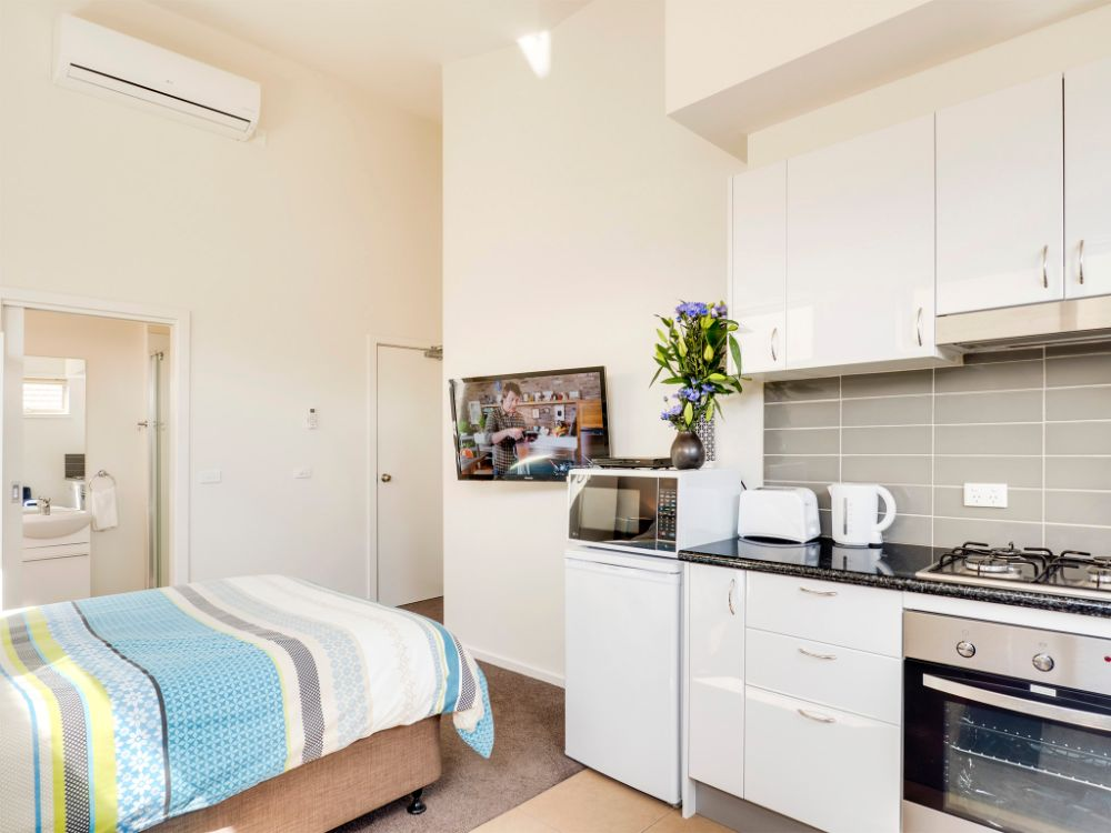 Studio Apartment - Central Geelong Apartments