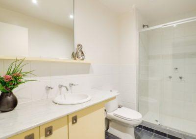 bathroom - Geelong Waterfront Apartments