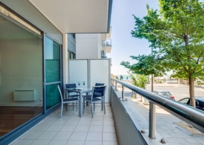outoor area - Geelong Waterfront Apartments