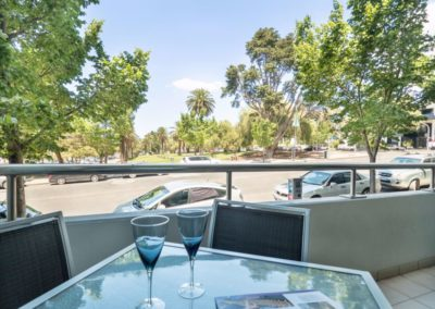 outdoor area - Geelong Waterfront Apartments