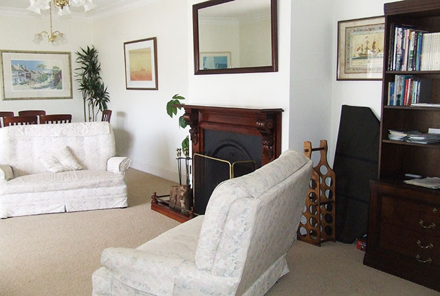 lounge - Torquay Holiday House